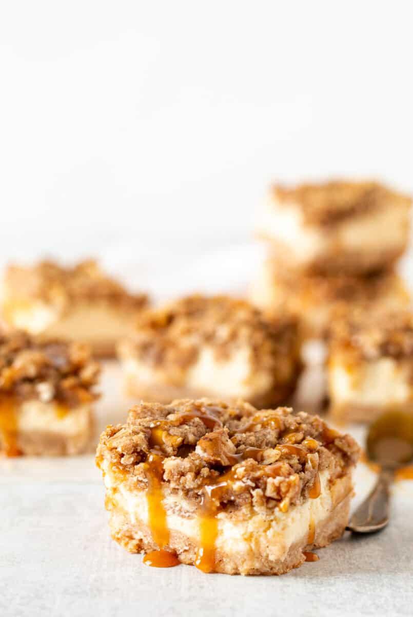Cheesecake bar with apple caramel crumble