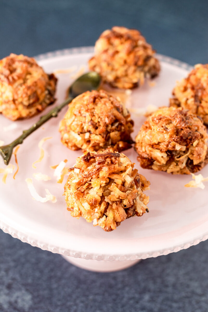 A pretty platter of toasted coconut macaroons