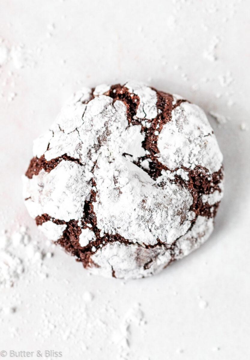 Single chocolate crinkle