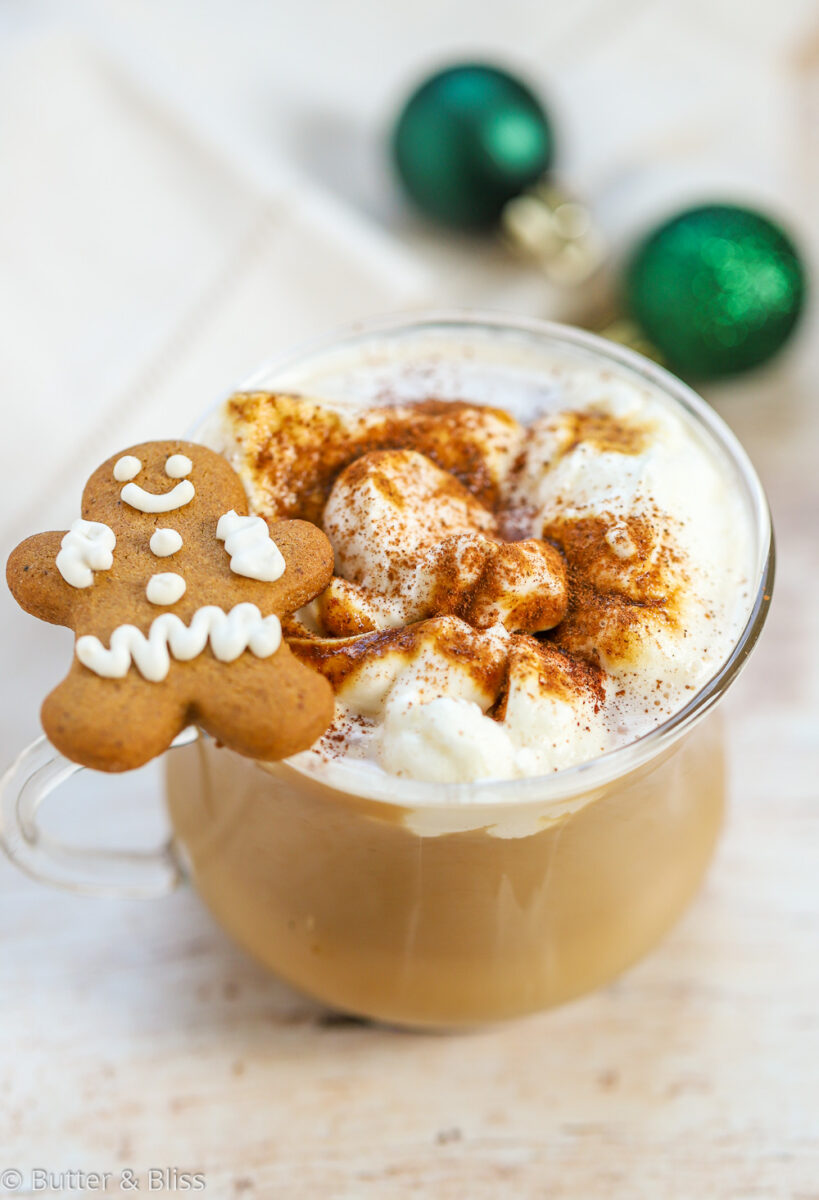 Gingerbread latte with gingerbread cookie