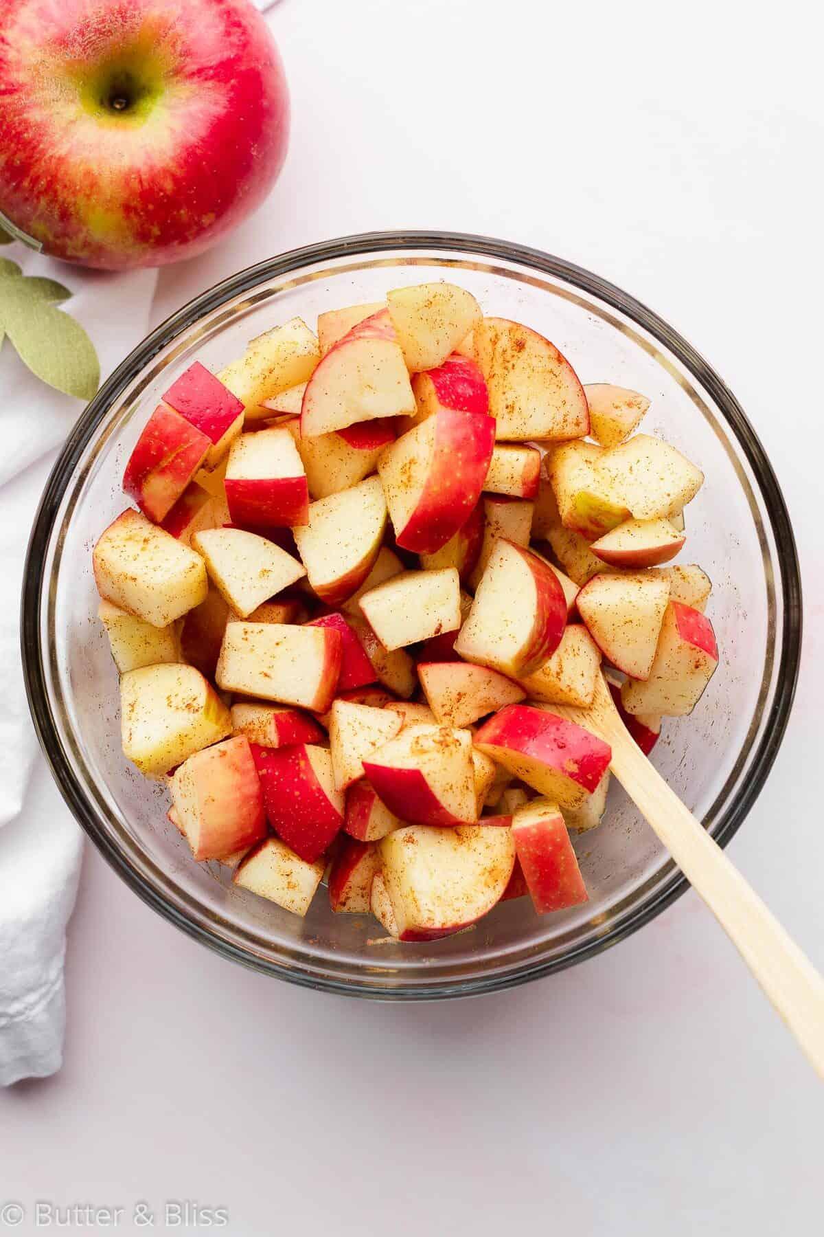 Fresh cut apples in a bowl