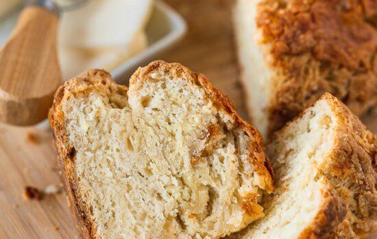 Easy Irish Soda Bread with Cheddar